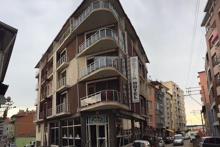 Uşak Esila Otel