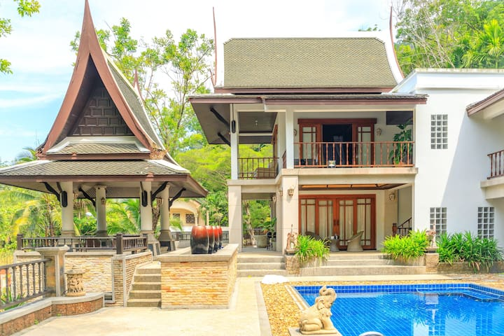 Patong Thai Cozy luxury Villa fancy pool+garden