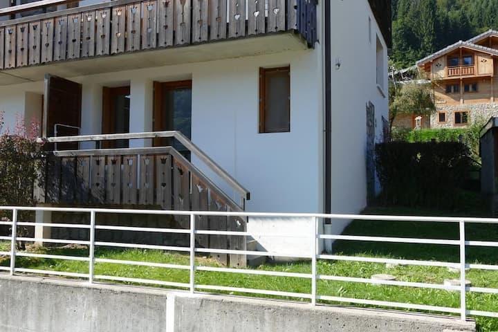 Appartement centre Morzine, balcon et jardin