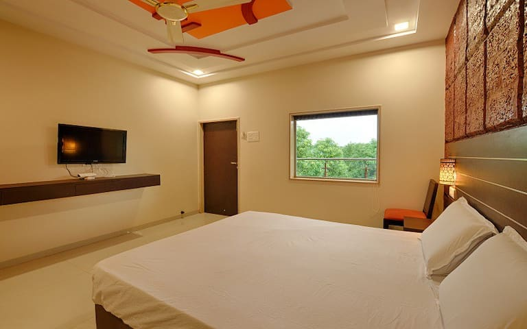 Deluxe Room No 3 in Kankuali