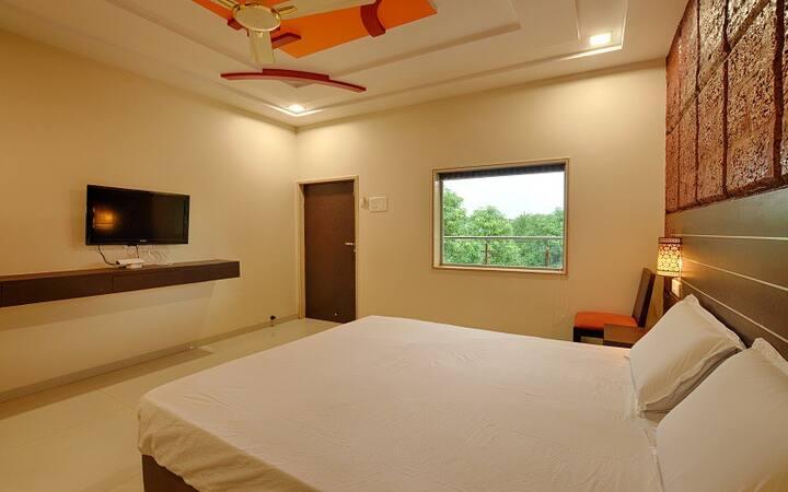 Deluxe Room No 3 in Kankuali