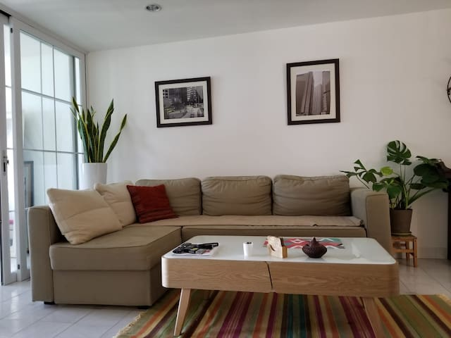 Private Studio with Harbour View in Sheung Wan