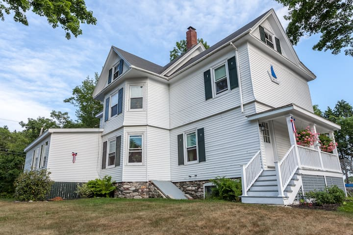 Spacious Boothbay Harbor Retreat - Boothbay Harbor - Byt