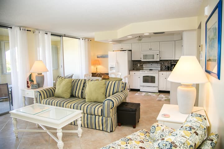 San Marco Residences #507 - 1 Bed Direct Beach Access