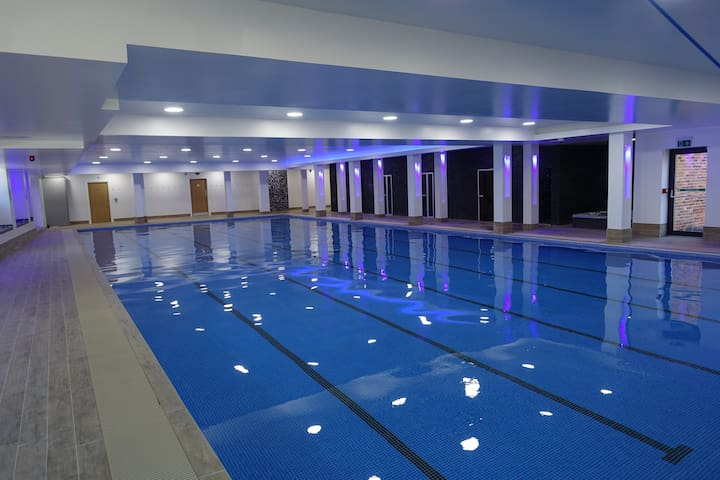 2 Bed Apartment. (22) free Leisure Facilities
