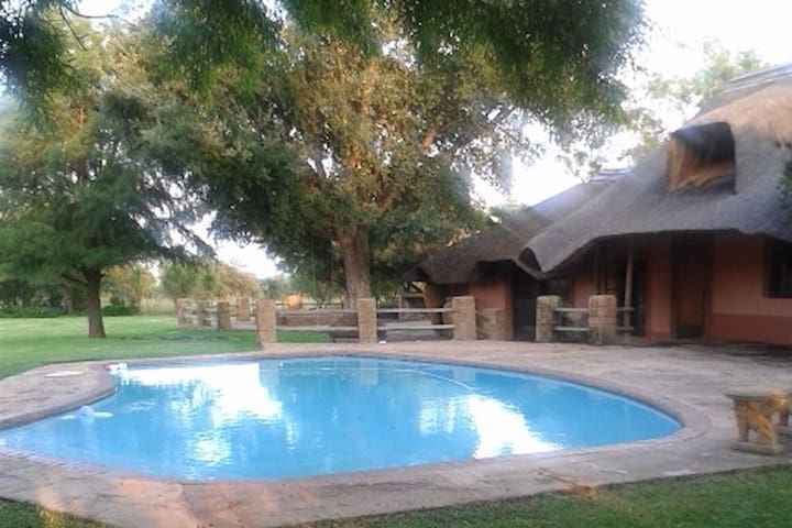 Ntidi Resort - Hekpoort - Holiday home