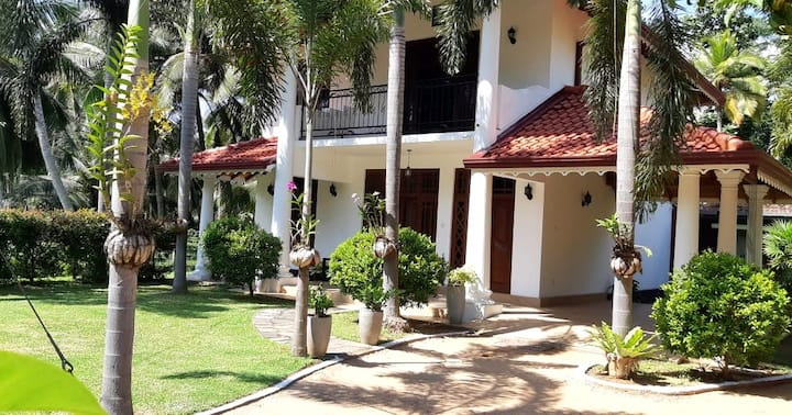 Vacation Home in Negombo Kochchikade