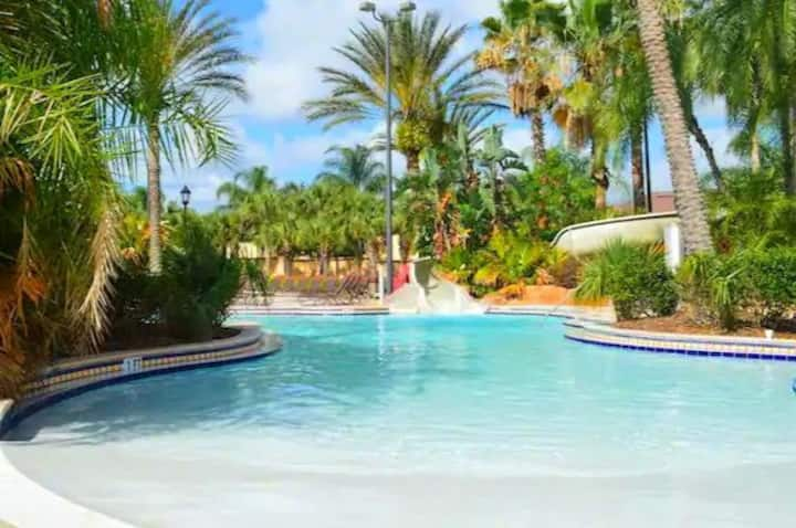 Four-Bedroom Townhouse At Regal Palms Resort!