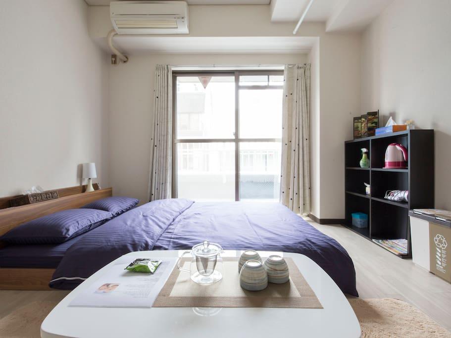 Double bed(145x200cm)