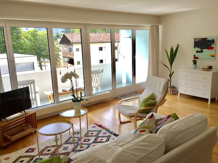 """quiet, central 3.5 room Apartment """"Paradiesli"""""""