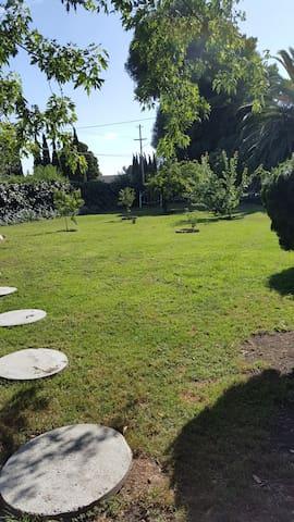 Sydonia's Garden Sanctuary - RV in park setting