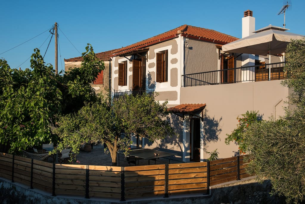 A newly renovated 2floor traditional stone house, 15 minutes from the nearest beach and close to famous sights of Western Crete. The house offers 2 spacious ensuite bedrooms and two living rooms, a fully equipped kitchen with dishwasher and great outdoor spaces. A beautiful first-floor balcony and two more different terraces on the ground floor, with barbecue, stone oven, ping pong table, hammock, sun loungers and a large mulberry tree offering plenty of natural shade. Wifi, washer available.
