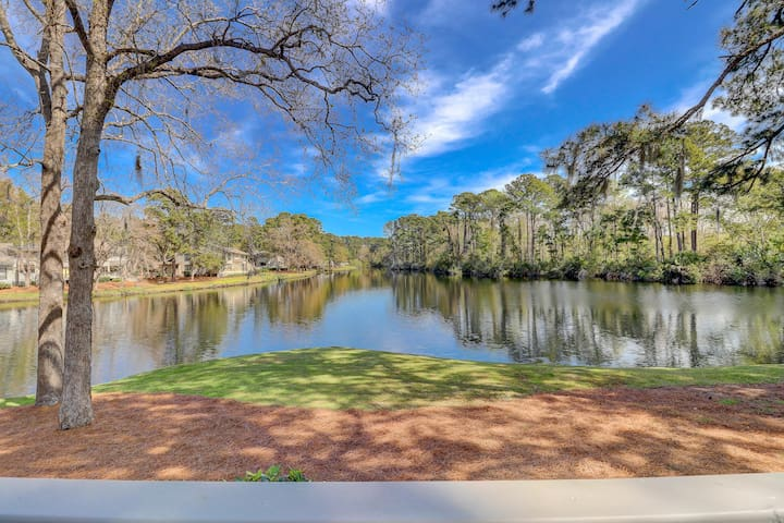 3327 Lake Forest Sea Pines 2 BR Condo