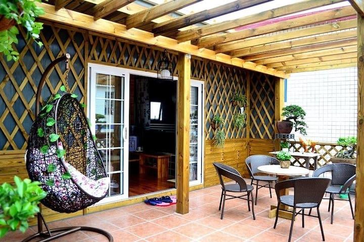环岛路小忙的家,,轻骑环岛,私享阳台,榻榻米大床房 - Xiamen - Bed & Breakfast