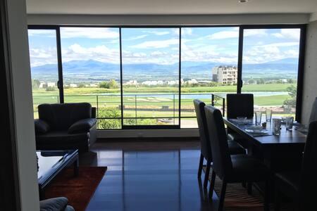 Departamento nuevo, amplio y con vista hermosa - Santiago de Querétaro