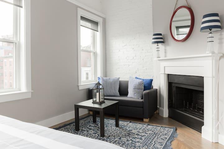 Amazing New One Bed Boston's Oldest Neighborhood