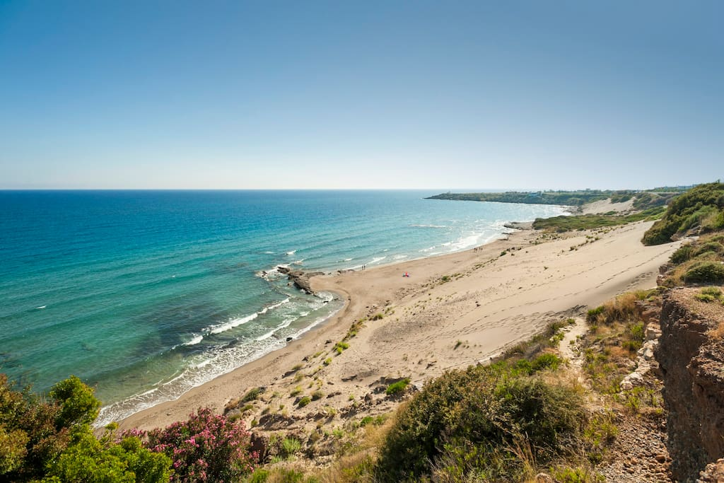 Orthi Ammos Beach-5 minute's walk from the house