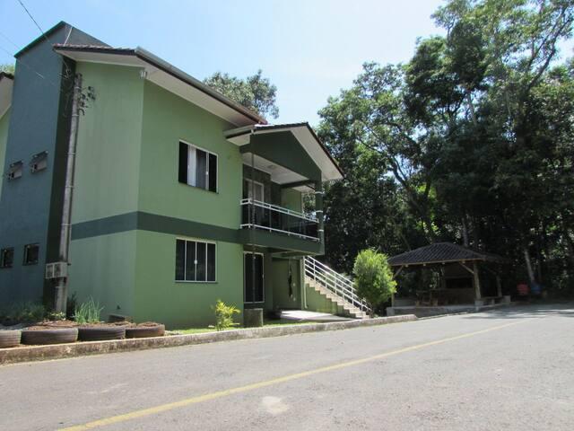 Casa em Piratuba, terra das águas termais