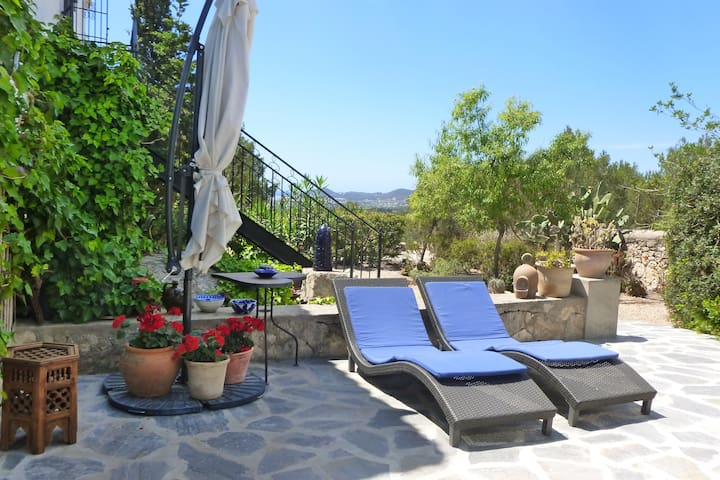 Romantisches Apartament mit privatem Mini Pool - Sant Antoni de Portmany - Byt