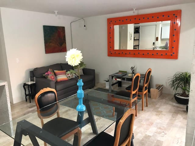 Disfruta excelente departamento nuevo y cómodo
