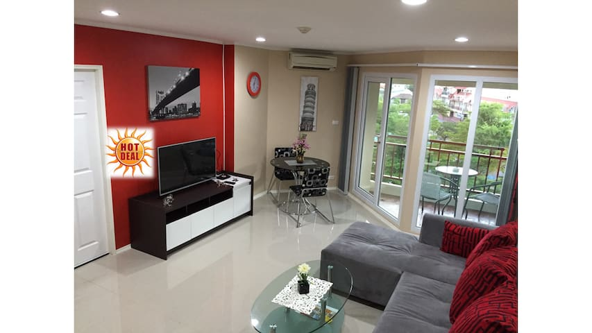 FREE 40mbps WI-FI, LUXURY 58 SQM CONDO - Muang Pattaya - Appartement
