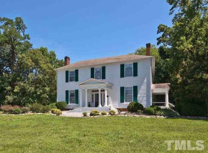 Woodside House, 3.5 miles to VIR