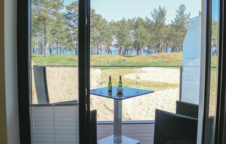 Holiday apartment with 1 bedroom on 60m² in Prora/Rügen