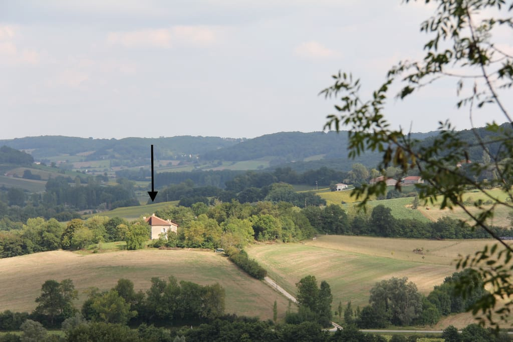 Beaujoly is situated on a hill where you can enjoy 360 degrees of privacy