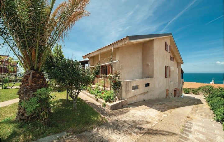 Nice home in Porto Alabe with WiFi and 2 Bedrooms