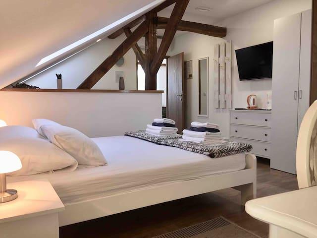 Comfy room with skyview near Rastoke & Plitvice