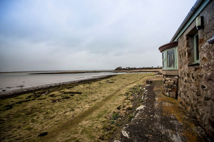 Bonc Waterside Cottage, Caernarfon