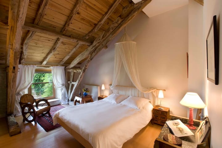Chambres d'Hôtes, Truffes, Spa et Piscine - Lot