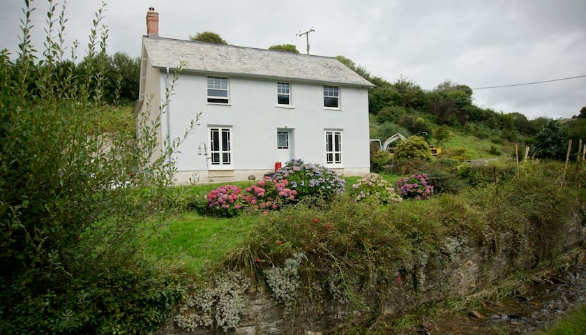 Exmoor Valley Farmhouse - Parracombe - Huis