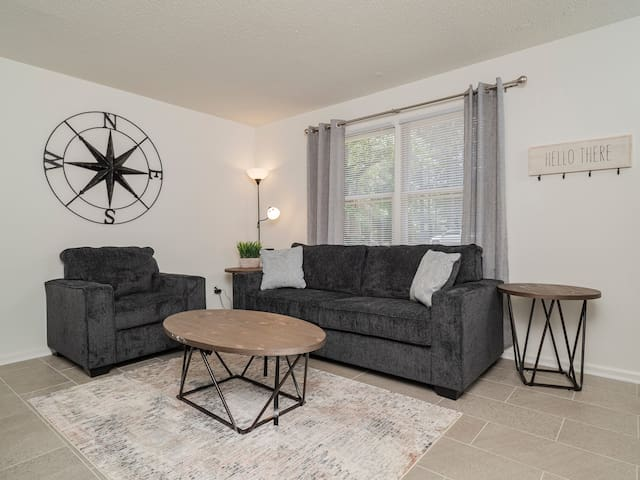 Renovated Duplex near Downtown Cary