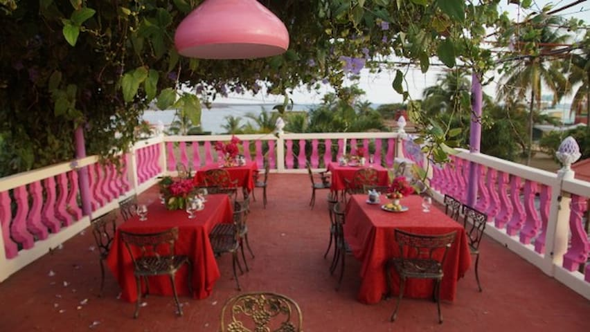 Casa Larabi, Traveler´s Choice, Esmeralda - Playa Rancho Luna - Dům