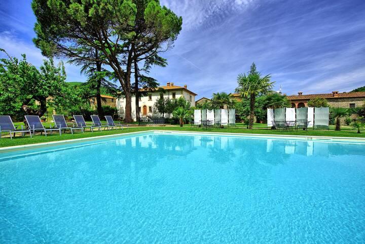 Villa Capolona - Luxury Villa Rental with swimming pool in Casentino Valley, Tuscany