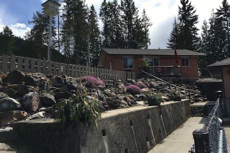 Mara Spring Lodges #1 - Mara - Loma-asunto