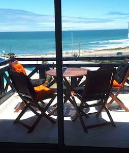 Magnifique appartement avec vue sur mer Tamaris