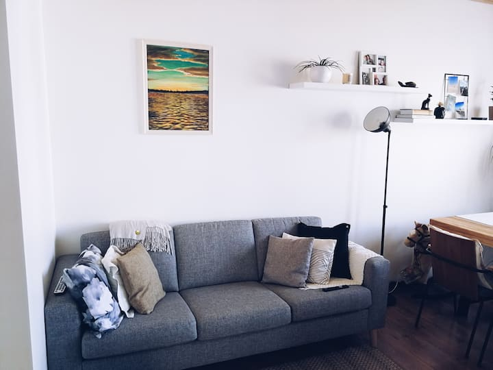 Small and cozy apartment near center