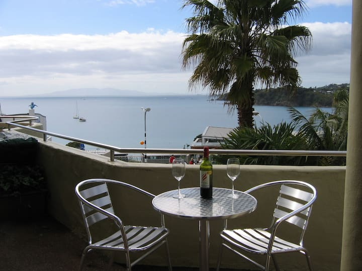 Apartment  Central Oneroa Waiheke