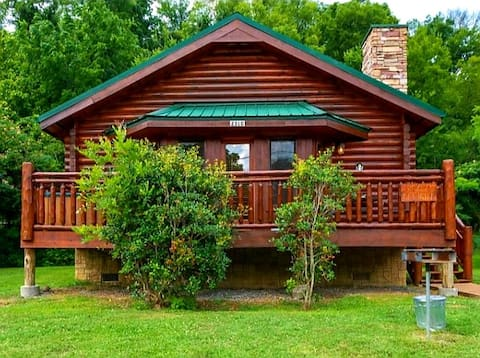 Wonderful Studio Cabin- Close To The River / Town.