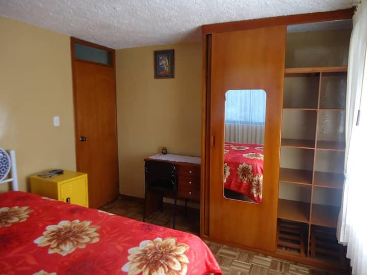 Acogedora Habitación Matrimonial al Sur de Quito