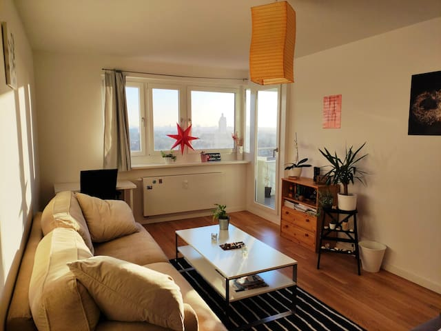 Deluxe room (Queen bed) with views close to subway