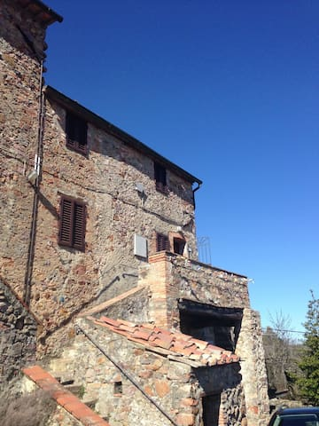 Magical Tuscan Village Home - Lama - Huis