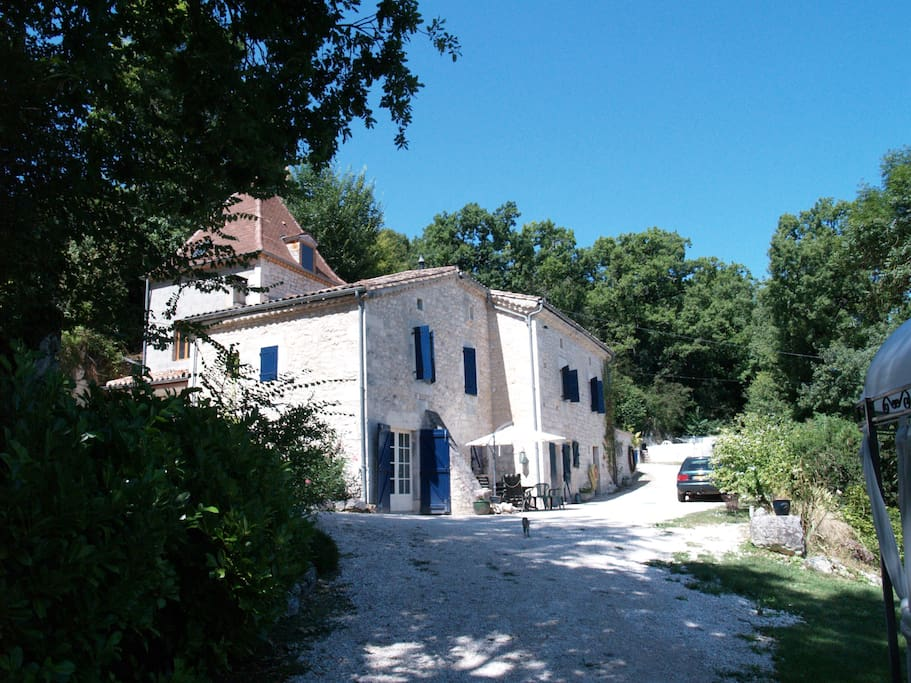 Gite met priv zwembad in zuid frankrijk cottages for rent in montcuq languedoc roussillon - Zwembad cottage ...