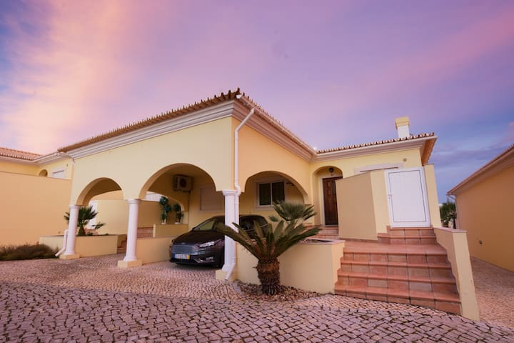 Vilamoura Luxury - families, groups and couples.