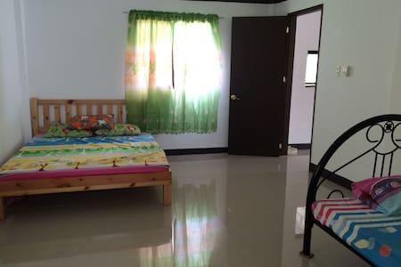 CORON HOMESTAY @GENABE'S RESIDENCE Brgy Poblacion1 - Coron