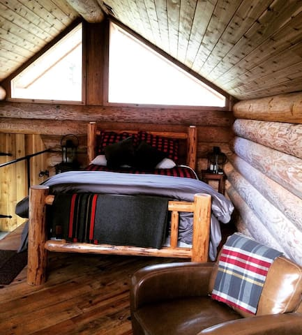 Queen sized Log Bed