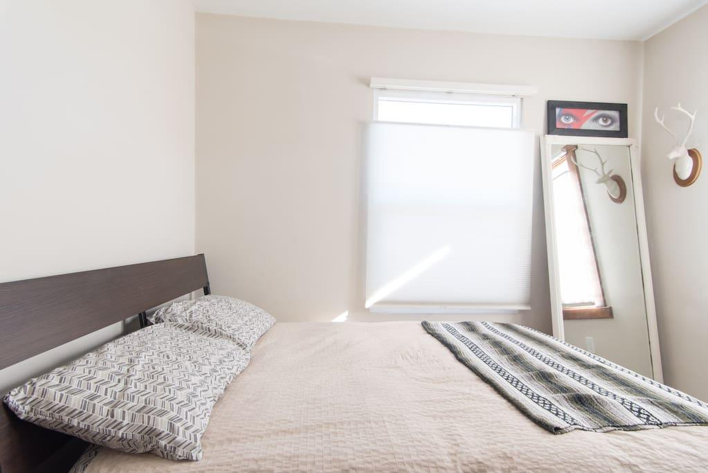 Full size, comfy memory foam mattress