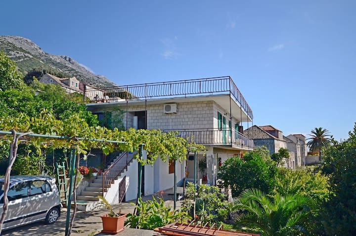 Two Bedroom Apartment, 50m from city center, beachfront in Kuciste